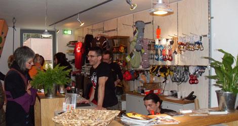 Kletterausrüstung Darmstadt : Shop dav kletterzentrum darmstadt kletterhalle